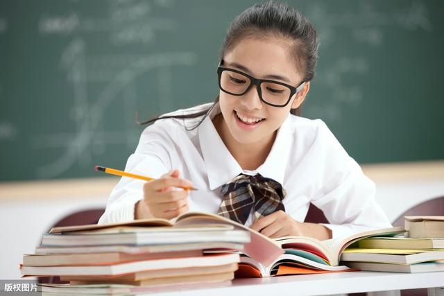 进入高中后 物理成绩严重下降的学生应该首先看看他们是否有这些问题